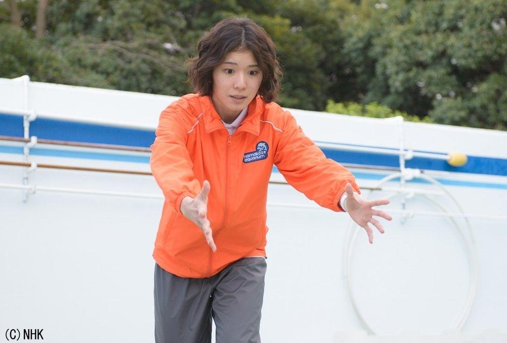 イルカと接した松岡茉優